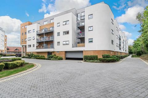 2 bedroom apartment for sale - Sovereign Way, Tonbridge