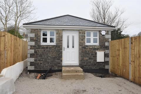 1 bedroom detached bungalow for sale - Church View Road, Camborne