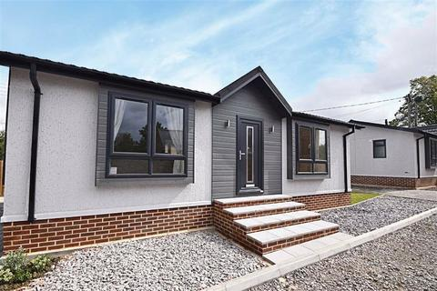 2 bedroom mobile home for sale - Branch Road, Cheltenham, Gloucestershire