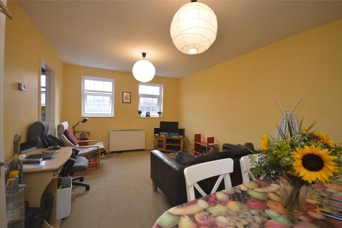 2 bedroom apartment to rent - Richmond Court, Richmond Dale, BRISTOL, BS8