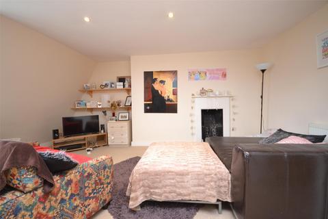 2 bedroom apartment to rent - Grosvenor Place, BATH, Somerset, BA1