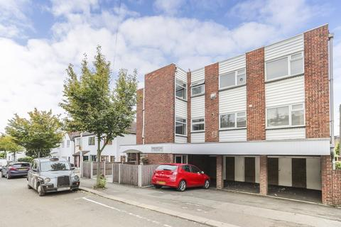 1 bedroom flat for sale - Horn Lane, Woodford, IG8