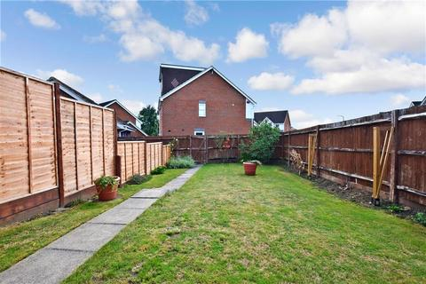 3 bedroom semi-detached house for sale - Braunstone Drive, Allington, Maidstone, Kent