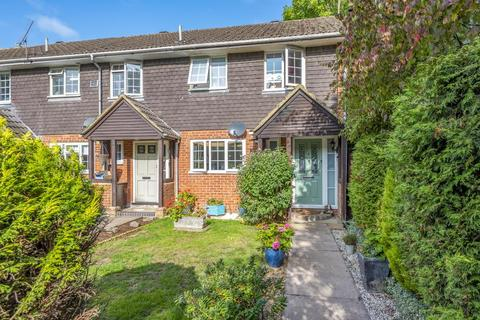 3 bedroom end of terrace house for sale - Lightwater,  Surrey,  GU18