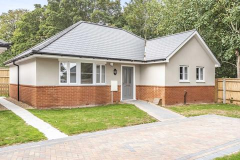 2 bedroom detached bungalow for sale - The Laurels, St Peter`s