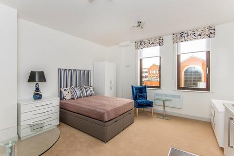 Studio to rent - The Chambers, East Street, Reading, RG1