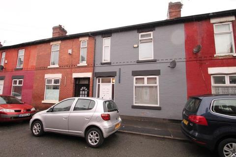 4 bedroom terraced house to rent - Hibbert Street, Rushome, Manchester, M14 5WT