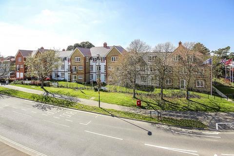 2 bedroom apartment for sale - Hale Lodge Fitzalan Road, Littlehampton, West Sussex, BN17