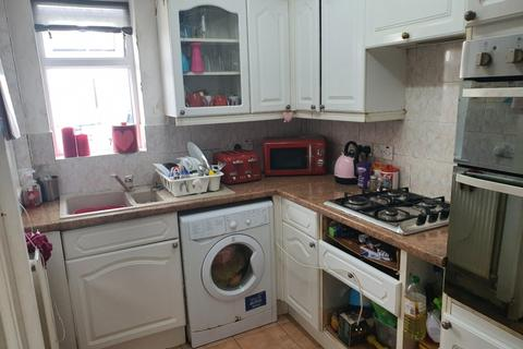 2 bedroom terraced house for sale - Parchmore Road, Thornton Heath, CR7 8HB