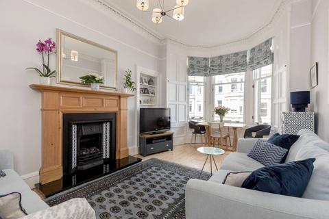 2 bedroom flat for sale - 19/3 Learmonth Place, Edinburgh, EH4 1AX