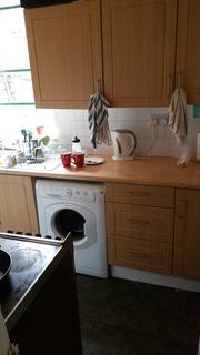 3 bedroom terraced house to rent - Redruth Street, Rusholme M14