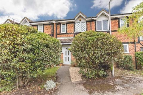 2 bedroom terraced house for sale - Old Fives Court, Burnham, Buckinghamshire