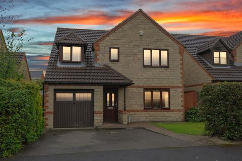 4 bedroom detached house for sale - Blueberry Close, Inkersall, Chesterfield