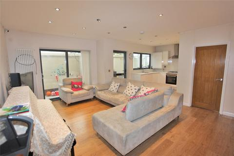 3 bedroom detached house for sale - Siani Mews, London, N8