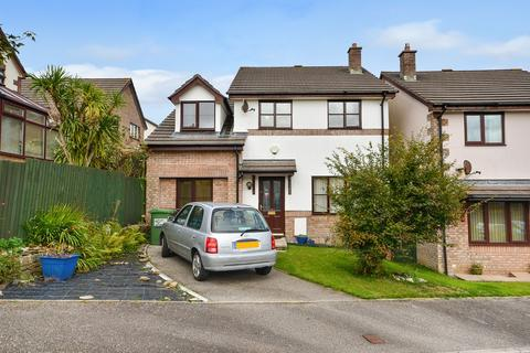 4 bedroom detached house - Carrine Road, Truro