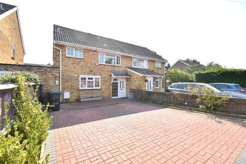 3 bedroom semi-detached house to rent - St. Chads Road, Maidenhead, Berkshire, SL6