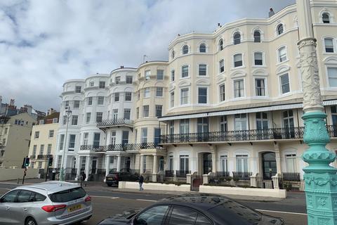 3 bedroom flat to rent - Marine Parade, Basement Flat