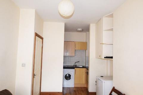 1 bedroom flat to rent - UXBRIDGE ROAD, SHEPHERDS BUSH, LONDON W12