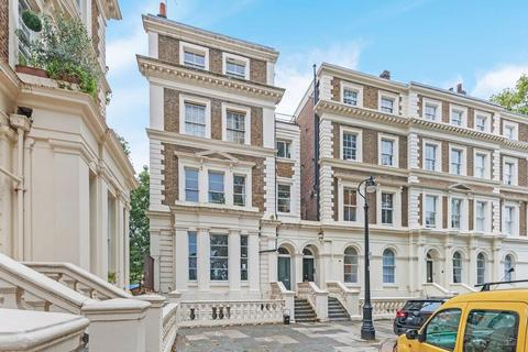 1 bedroom flat for sale - Albert Square, London SW8