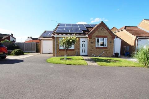 2 bedroom detached bungalow for sale - WELLINGTON CLOSE, SOUTH KILLINGHOLME