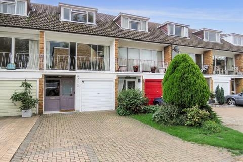 3 bedroom terraced house for sale - West Marlow. Spinfield/Borlase catchment.