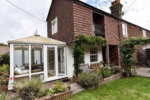 2 bedroom semi-detached house for sale - Cuckfield Road, Hassocks