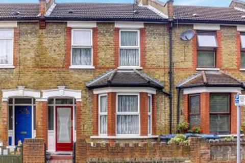 3 bedroom apartment to rent - Lincoln Road, Enfield, EN3