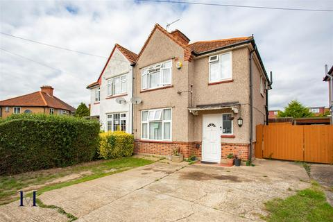3 bedroom semi-detached house for sale - Orchard Avenue, Heston TW5