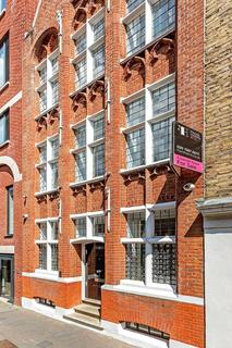 4 bedroom house for sale - Star Yard, London, WC2A