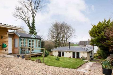 2 bedroom detached bungalow for sale - Exmouth Road, Lympstone