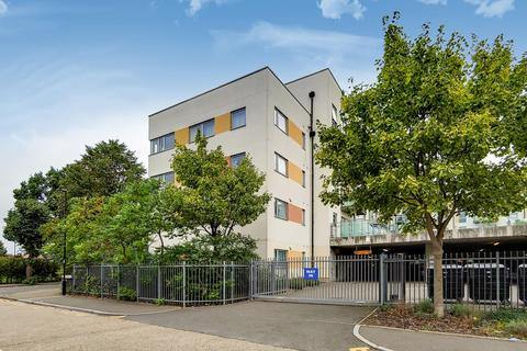 2 bedroom apartment for sale - Cosmopolitan Court, 67 Main Avenue, Enfield