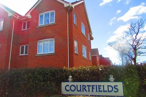 2 bedroom flat to rent - Courtfields, Blackpool, Lancashire