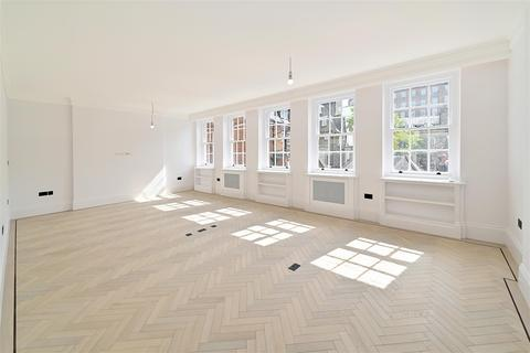 2 bedroom flat to rent - Upper Brook Street, Mayfair W1K