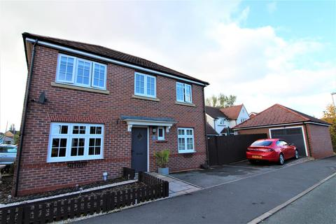 3 bedroom detached house for sale - Catherall Avenue, Buckley