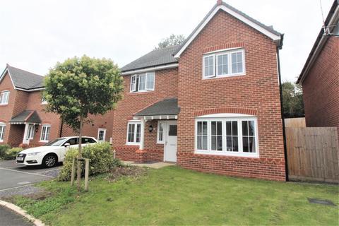 4 bedroom detached house for sale - Llys Clark, Caergwrle, Wrexham