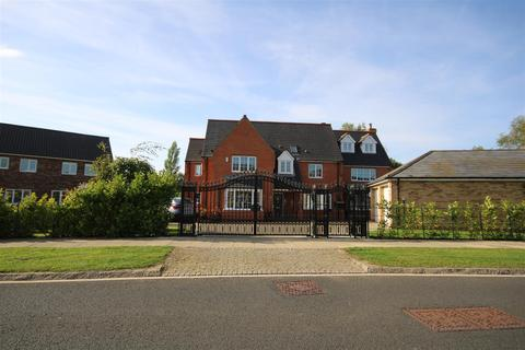 5 bedroom detached house for sale - Wellington Drive, Wynyard, Billingham