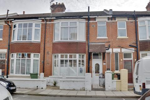 3 bedroom terraced house for sale - St Augustine Road, Southsea