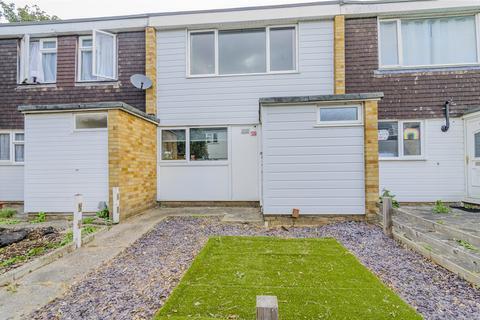 3 bedroom house - Thackeray Row, Wickford, Essex, SS12