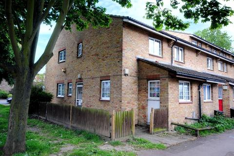 3 bedroom end of terrace house for sale - Wesley Close Walworth SE17