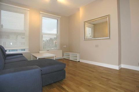 2 bedroom apartment to rent - Trinity Road, Wandsworth