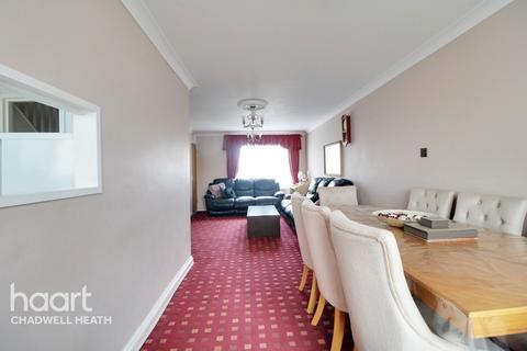 3 bedroom maisonette for sale - Terling Road, Dagenham
