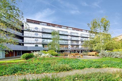 2 bedroom flat to rent - Iron Works, Hackney Wick E3