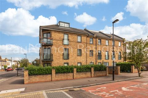 3 bedroom apartment for sale - Finsbury Road, Bounds Green, London, N22
