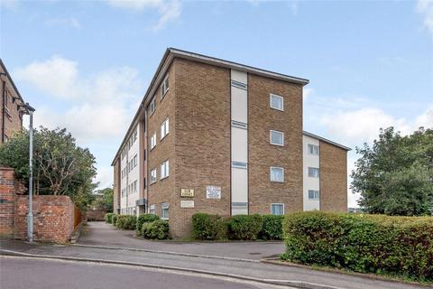 2 bedroom flat - Elm Court, Elm Grove Road, Salisbury, Wiltshire, SP1