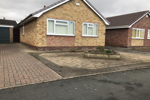 3 bedroom detached bungalow to rent - Rugeley  WS15
