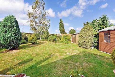2 bedroom detached bungalow for sale - Coppins Lane, Borden, Sittingbourne, Kent