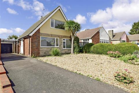 4 bedroom bungalow for sale - Madginford Close, Bearsted, Maidstone, Kent