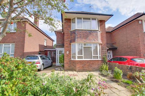3 bedroom detached house for sale - Bishops Road, Itchen