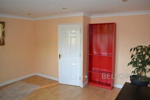 1 bedroom house share to rent - Enfield EN3