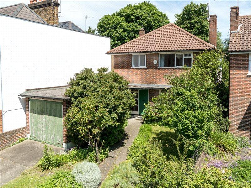 3 Bedrooms Detached House for sale in St. Mary's Road, London, SW19